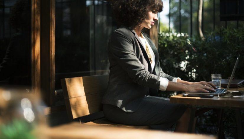 harcelement-au-travail-solitude